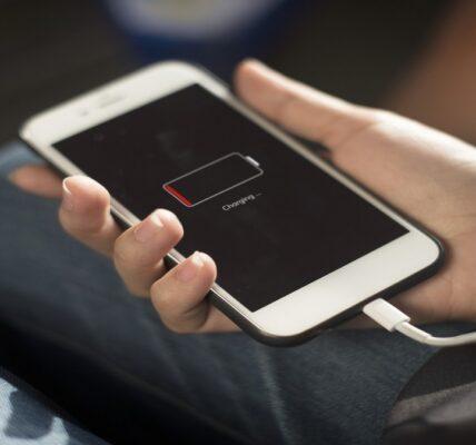¿Cómo encaja la batería adaptativa? Android La batería del teléfono dura más