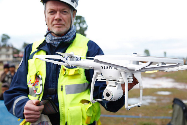 dron de búsqueda y rescate