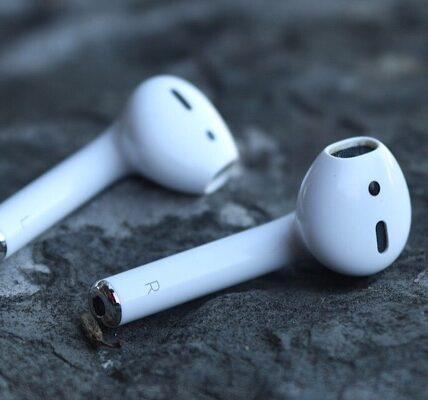 La función de escucha en vivo de los AirPods de Apple se puede utilizar con fines de espionaje