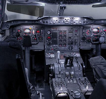 Cómo elegir su primer HOTAS para simuladores de vuelo de PC