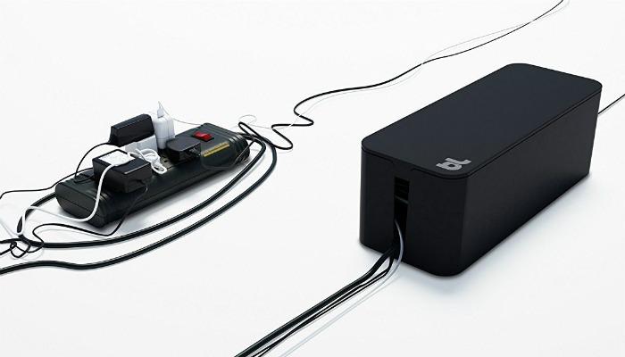 Cable de gestión de la carcasa
