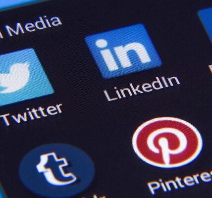 """¿Deberían las redes sociales seguir basándose en """"calificaciones""""?  """""""