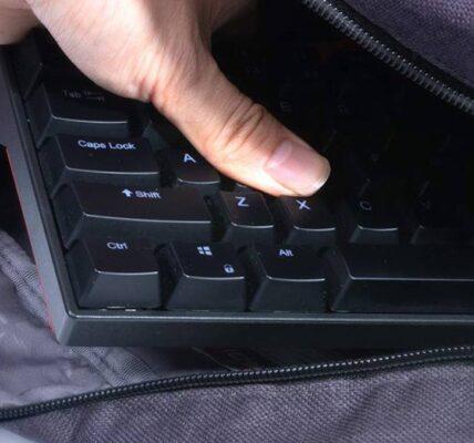 Prueba del teclado mecánico inalámbrico VELOCIFIRE TKL71WS