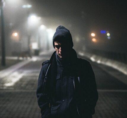 Los acosadores utilizan cada vez más aplicaciones de teléfono para rastrear a sus víctimas