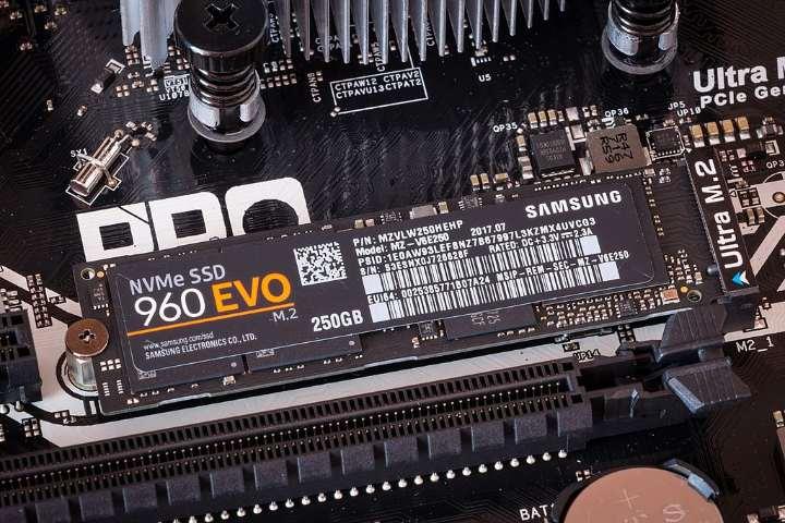 Instale la nueva ranura SSD Nvme