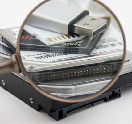 Unidad flash USB vs.  Disco duro externo y SSD: ¿cuál es el adecuado para usted?