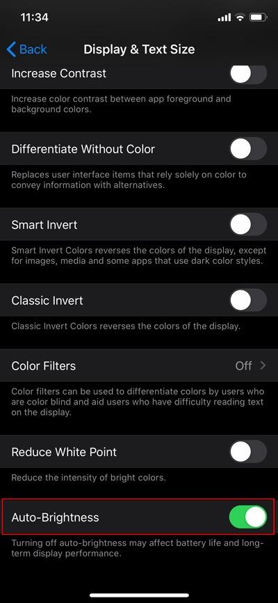 Desactivar la opción de apagado automático del brillo de iOS