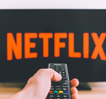 Netflix versus.  Disney Plus: ¿a dónde debería ir su presupuesto de filmación?
