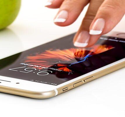 Cómo configurar fondos de pantalla en vivo en un iPhone