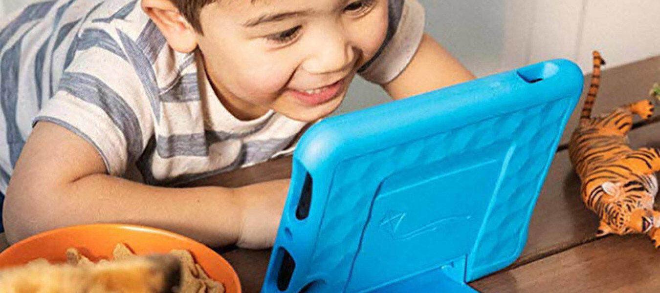 Ahorre $ 50 en su par de tabletas Fire 7 Kids Edition