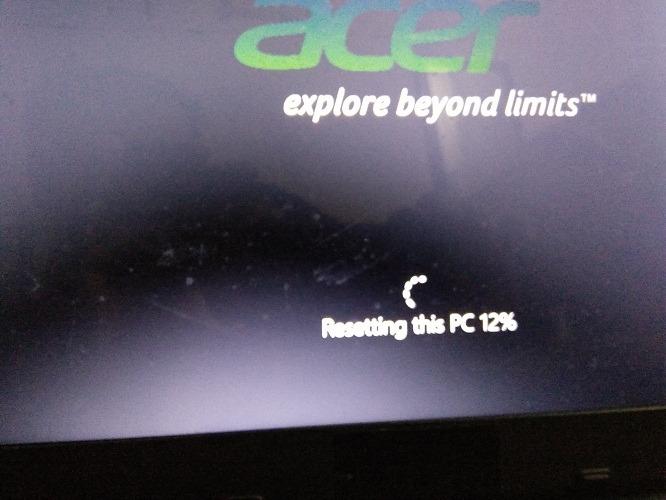 Volver a la configuración de fábrica Windows 10 Restablecer 12 por ciento