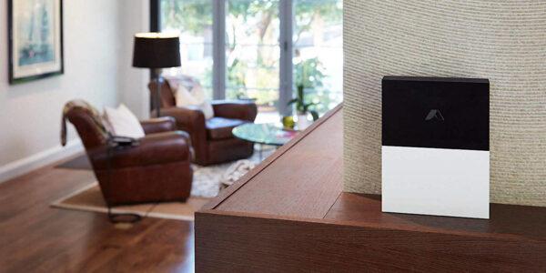 Obtenga un sistema de seguridad para el hogar Essentials por menos de $ 200
