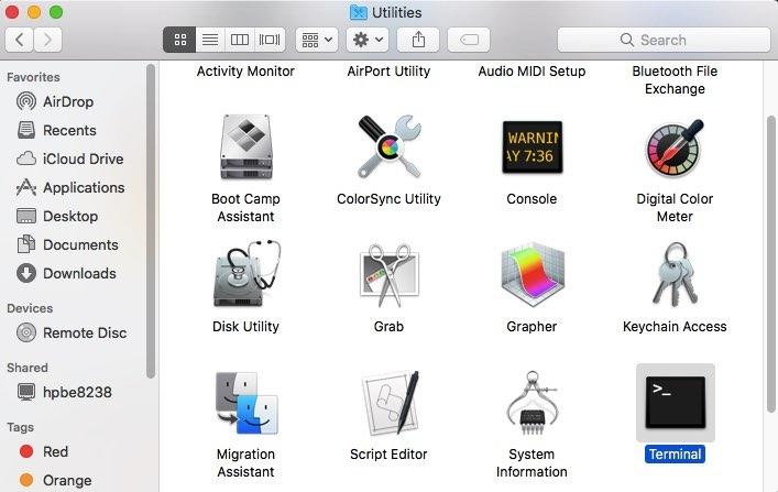 Inicie la aplicación MacOS Terminal, que se encuentra en la carpeta Aplicaciones> Utilidades.» clase =»lazyload wp-image-342228″ title =»Terminal Router Mac Mac Appl»></source></picture><noscript><img width=