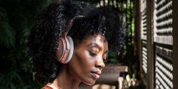 Ahorre $ 50- $ 100 en audífonos con cancelación de ruido Bose QuietComfort