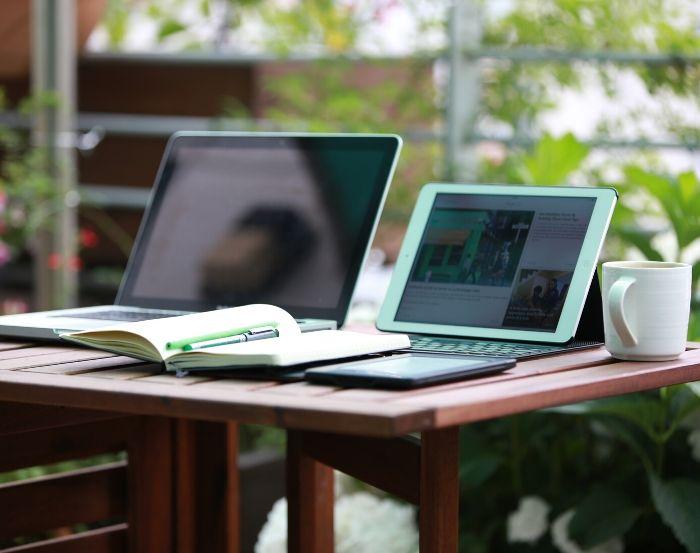 Elegir la conectividad de un monitor portátil