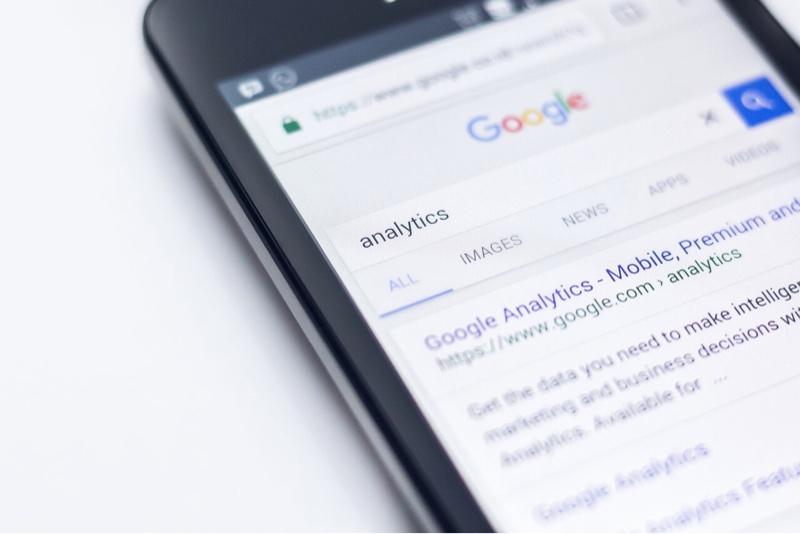 noticias-google-duckduckgo-resultados